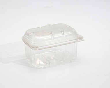 250 gm Strawberry container with connected lid   SN: 1298
